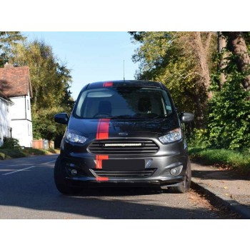 Lazer Lamps Kühlergrill-Montagesatz Ford Transit Courier / Tourneo Courier inkl. Linear-18 Elite