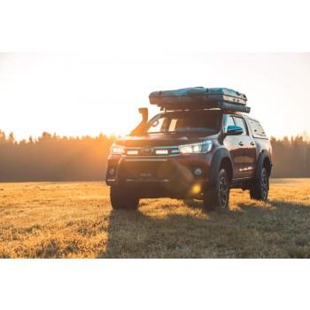 Lazer Lamps Kühlergrill-Montagesatz Toyota Hilux inkl. 2x Triple-R 750 Standard